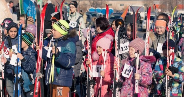 Проводили зиму на лыжах