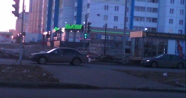 На Зелёном Логе начали свою работу сразу несколько светофоров