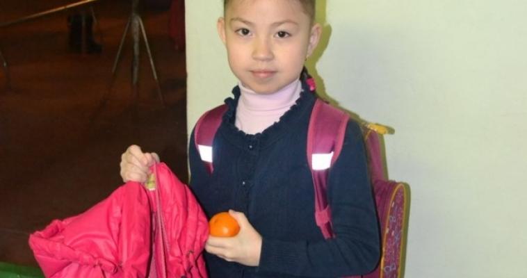 Магнитогорская школа провела акцию «58 мандаринок»