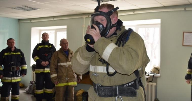 Пожарные сдают экзамены