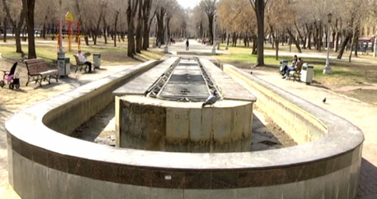 Городские фонтаны пробуждаются после «зимней спячки»