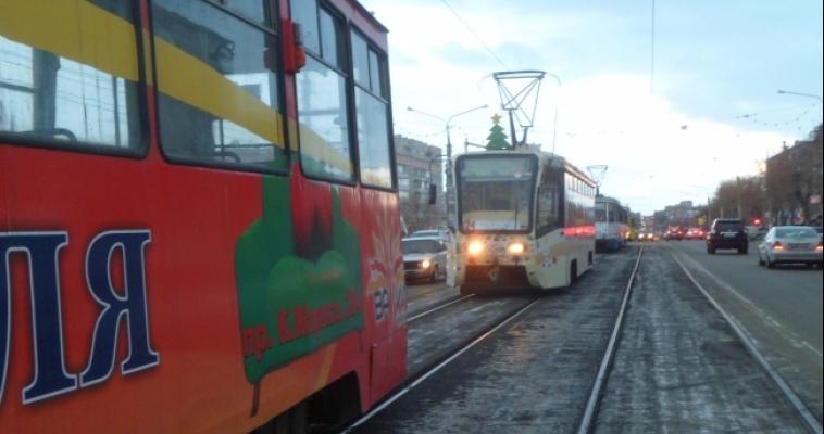 Трамваи довезут горожан на парад