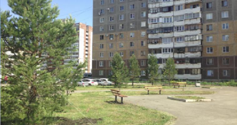 В городе благоустроили сквер по улице Зеленый Лог, на очереди еще один