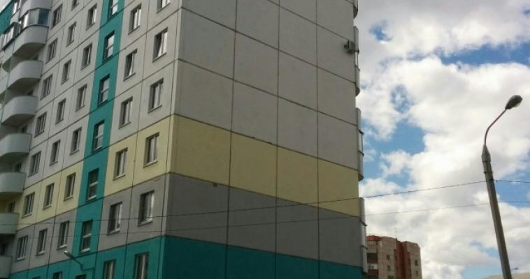 «Сначала самолётик, теперь мы». Художники из Екатеринбурга готовятся раскрасить фасад
