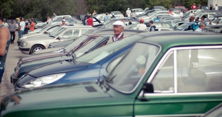 Менее трети россиян не откажутся от покупки автомобиля из-за кризиса