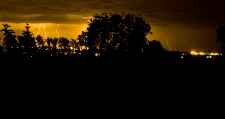 В посёлке Кролиководов отключат электричество. Кто ещё завтра останется без света?