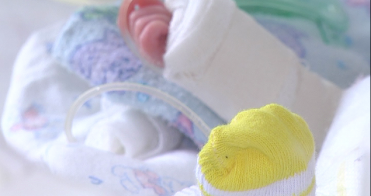 Если малыш появился на свет раньше срока... Сегодня Международный день недоношенных детей