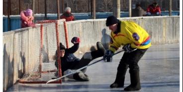 Турнир по хоккею на валенках ждёт участников