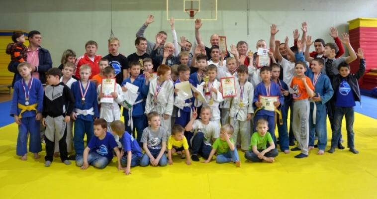 В Магнитогорске прошёл «Кубок новичка»