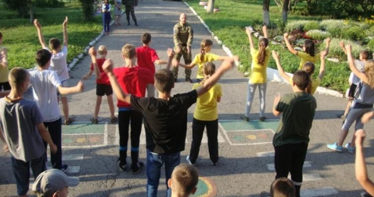 Полицейские проверили готовность детских оздоровительных лагерей