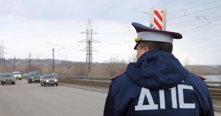 За два часа сотрудники Госавтоинспекции проверили свыше 700 водителей