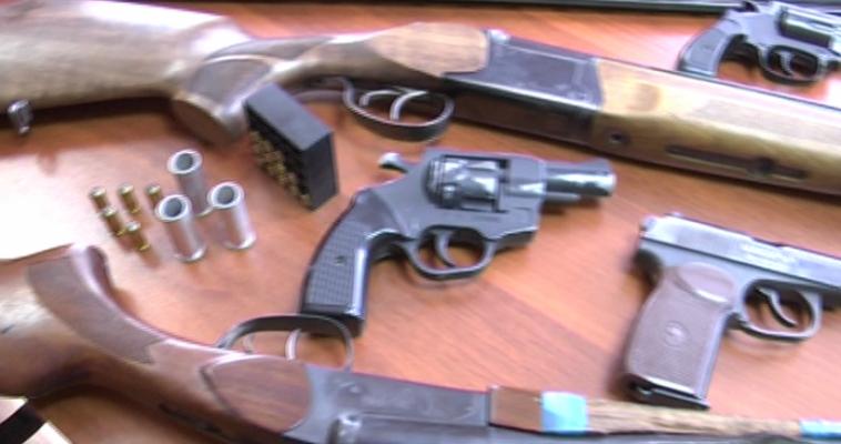 Жительница Челябинской области сдала в полицию винтовку, которой более 100 лет