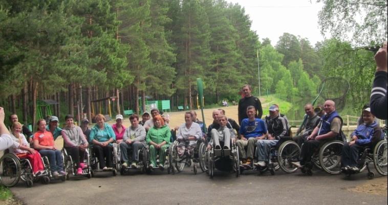 Завершились сборы по обучению вождению на инвалидных колясках