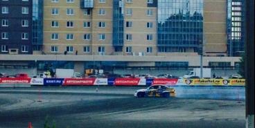 Еще больше скорости и дыма. В Челябинске прошел II этап Уральской лиги дрифта