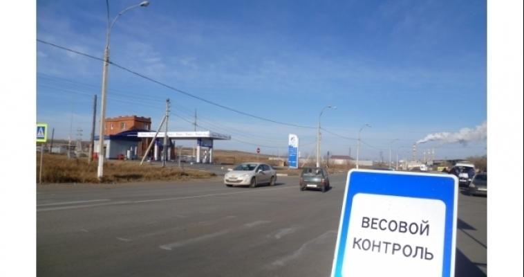 Водители большегрузов всё меньше платят за разрушение магнитогорских дорог