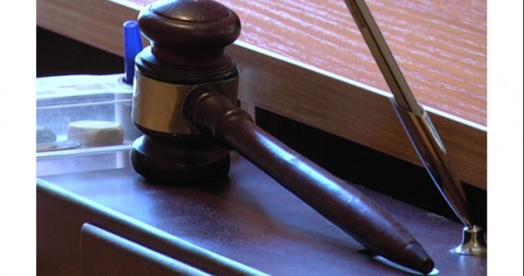 Троих мужчин осудили за драку в кафе