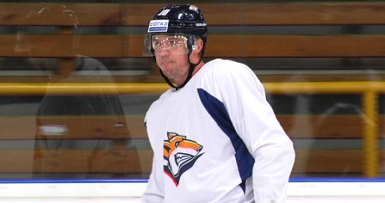 Обратный отсчет начался. Хоккейная команда «Металлург» официально вышла из отпуска и приступила к тренировкам