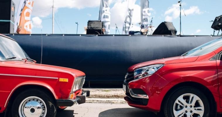 В преддверии 50-летия «АвтоВАЗа» официальный дилер LADA провел масштабный автопробег. Магнитогорск не стал исключением