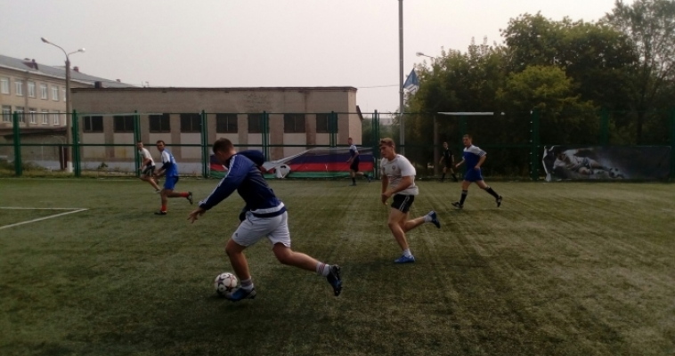 Новая традиция. В Магнитогорске во второй раз прошел зональный этап Кубка ЗСО по мини-футболу