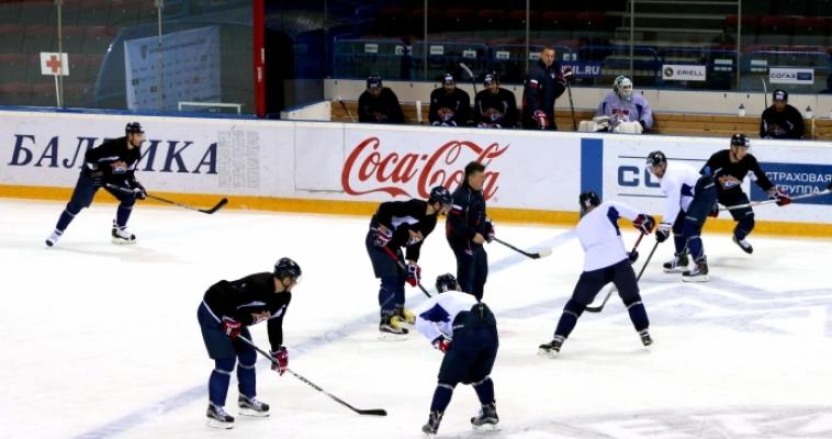 Обыграли итальянцев на немецком льду. «Металлург» провел первый товарищеский матч