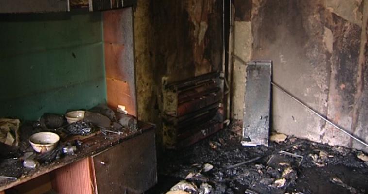 Пожар на улице Фрунзе унес жизни мужчины и женщины