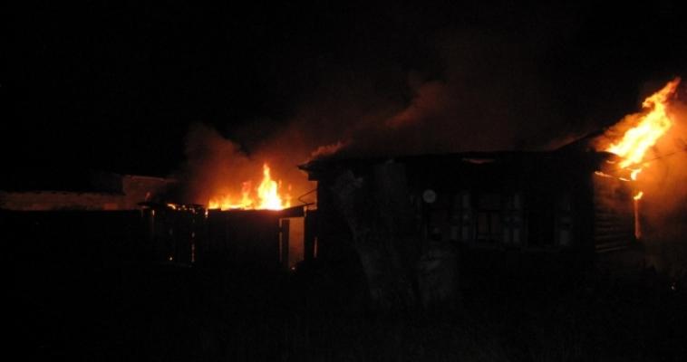 В Карагайке в собственном доме сгорели мужчина и женщина