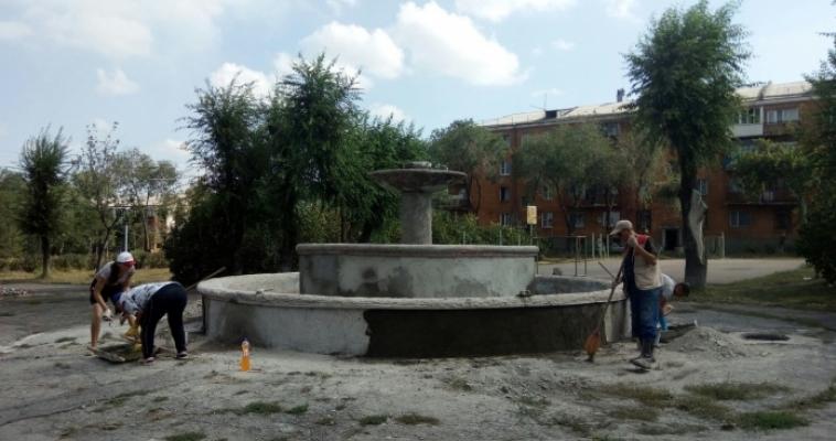 Фонтан без воды. Сквер на Пионерской отремонтируют, но лишь наполовину