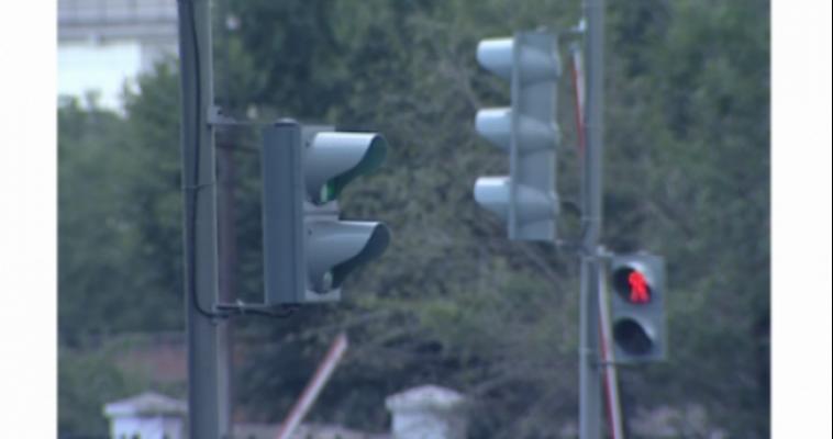 Внимание! На перекрестке ул. Завенягина и пр. Карла Маркса не работает светофор