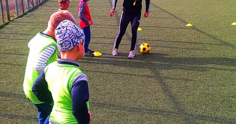Азбука футбола для самых маленьких. В городе продолжает вести набор необычная спортивная школа «Лео»