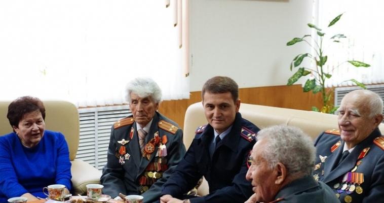 Ветераны МВД получили поздравления