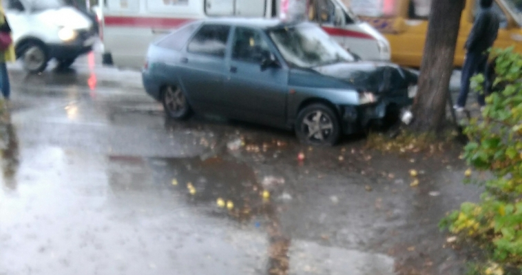 Сразу два сбитых пешехода. На проспекте Карла Маркса произошло серьезное ДТП