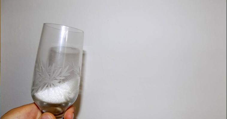 Не заварить, как лапшу. «Сухой алкоголь» запретят на законодательном уровне
