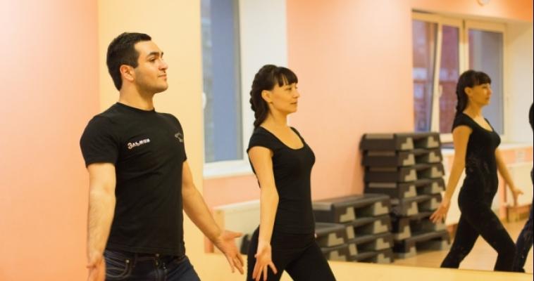 Магнитогорцы учатся танцевать лезгинку