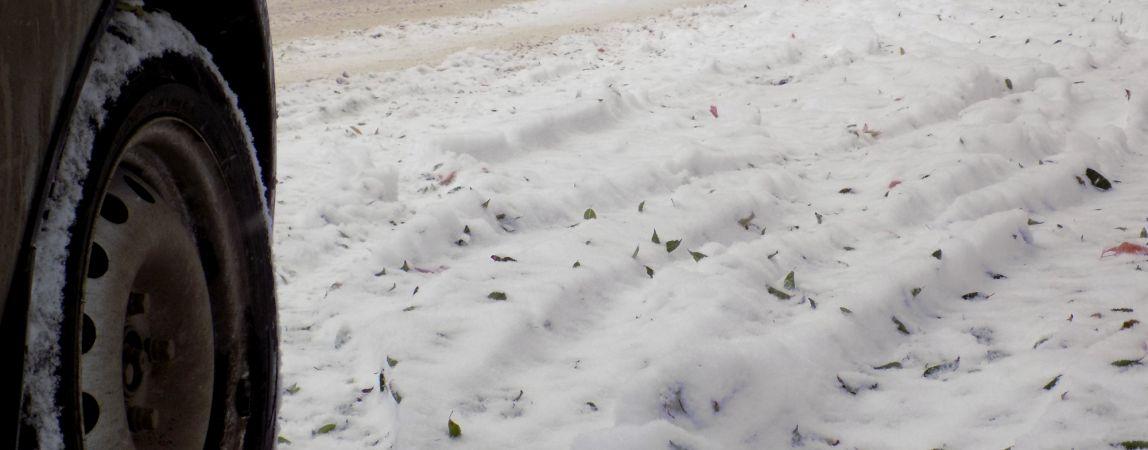 Снежная история с ежегодным сюжетом. Магнитогорск не ожидал обилия осадков