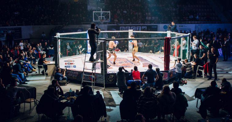 «Красивый бой»: как проходил турнир по смешанным единоборствам «Стальное сердце»