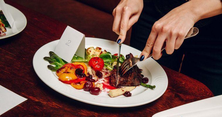 Праздник вкусов и эмоций. В Магнитогорске прошёл первый фестиваль поварского искусства «Провансаль»