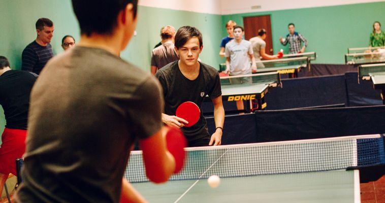 Сохраняя традиции. В Магнитогорске в 16- ый раз прошел турнир по настольному теннису памяти Константина Матвийчука
