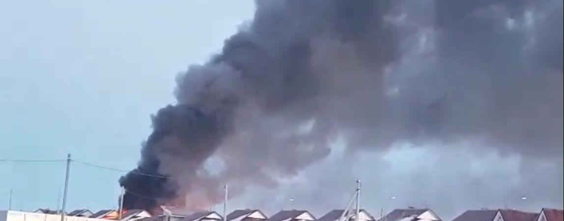 ВИДЕО! В районе Малиновой сильный пожар