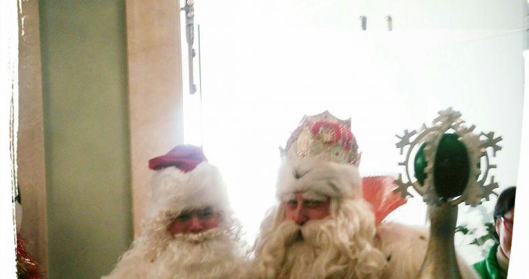 «Я встретил НАСТОЯЩЕГО ДЕДА МОРОЗА!»: Магнитогорский волшебник встретился с Дедушкой из Великого Устюга