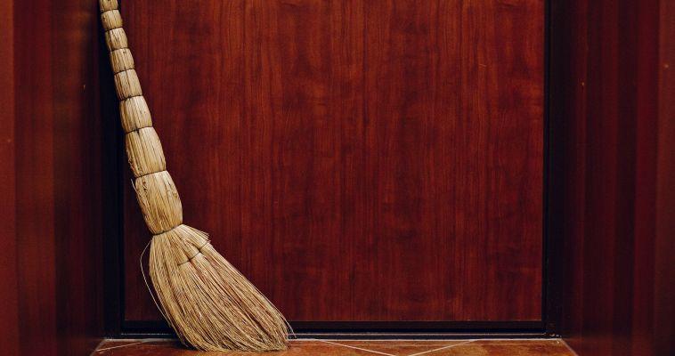 Зачем нужен новый веник или генеральная уборка за два дня