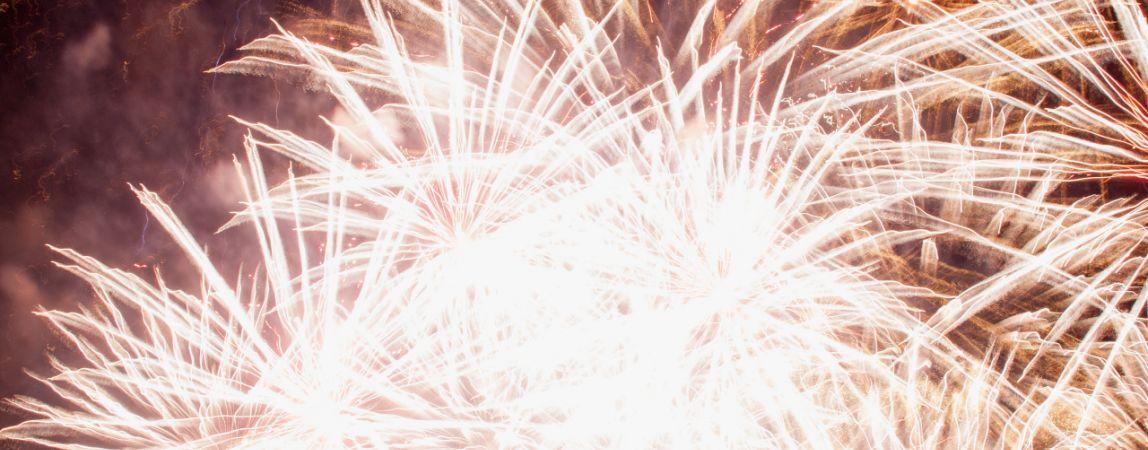 С Новым годом! Поздравление от команды сайта Magcity74