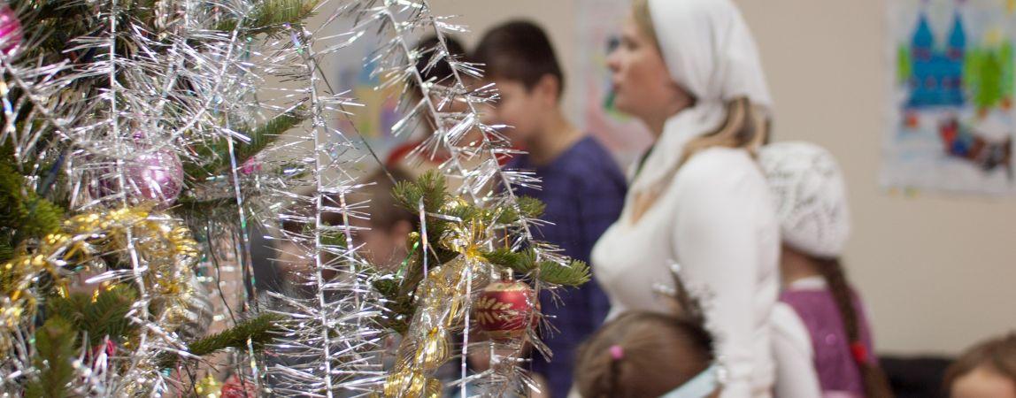 От женщины - Деда Мороза дети плакали, а родители залезали на подоконник
