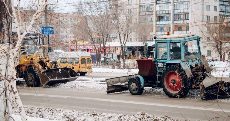Трактор задавил женщину во время чистки снега