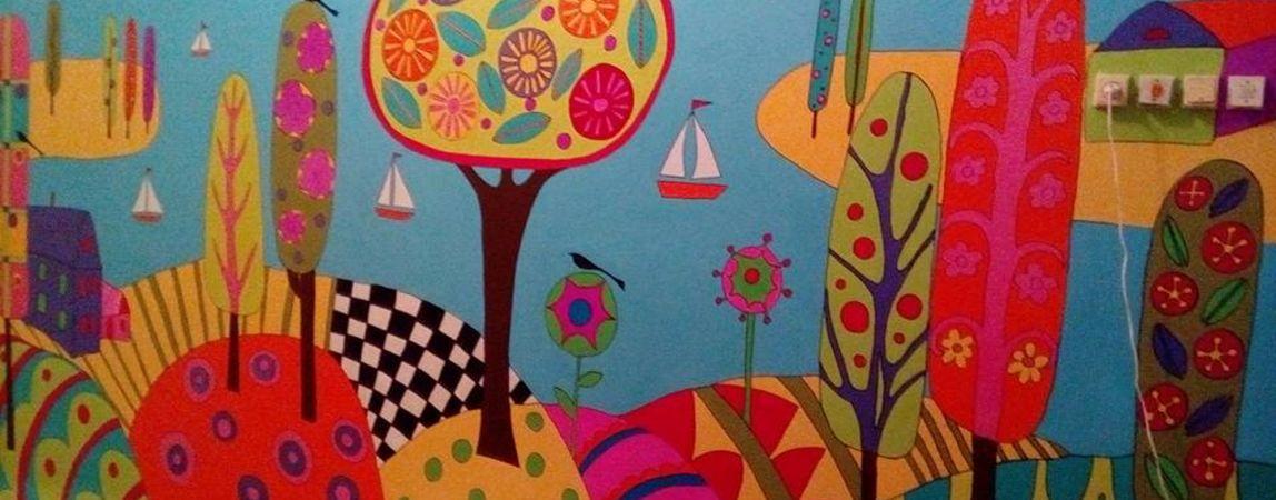 Акция «Веселый коридор»: Раскрасим больничные будни малышей вместе