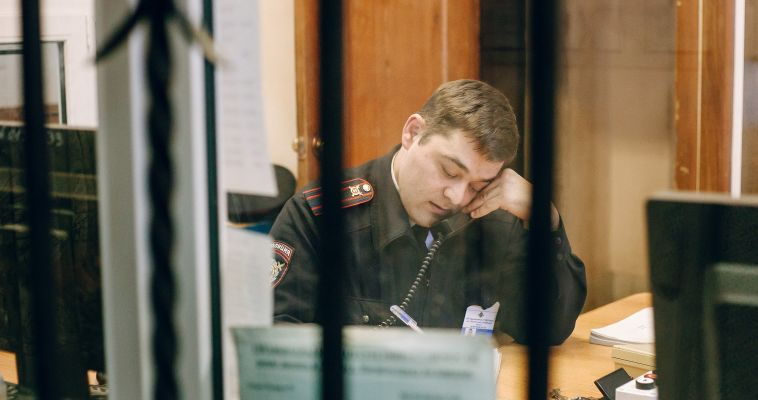 Полицейские Магнитогорска задержали подозреваемого в поджоге автомобиля