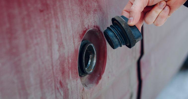 Бензин больше не сольют? Полиция задержала злоумышленников, которые промышляли странным способом