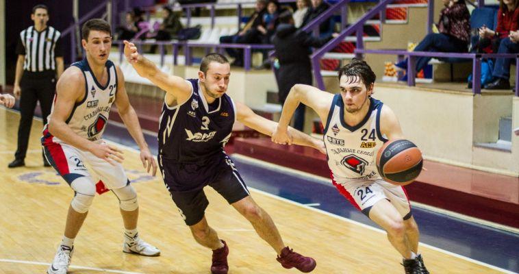 РЕЗУЛЬТАТ  ВЫЕЗДА - 50%.Местные баскетболисты вырвали победу у соперников из Калининграда