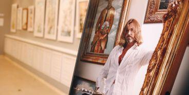 «Успел набраться впечатлений». Никас Сафронов пообещал нарисовать Магнитогорск