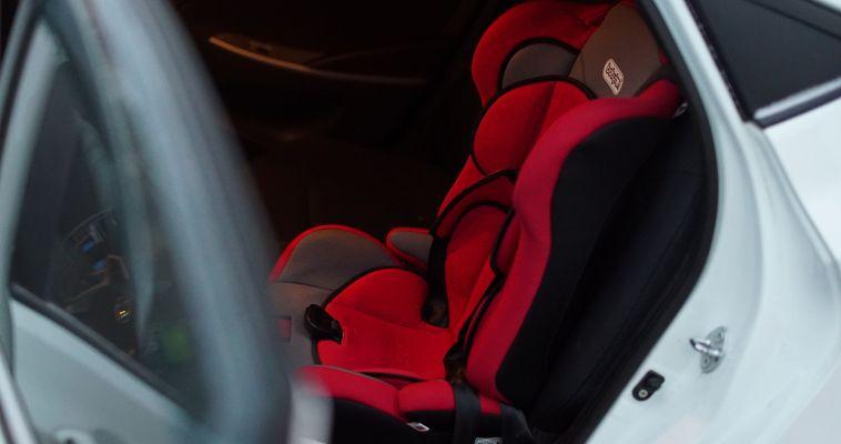 Новые правила перевозки детей в автомобилях