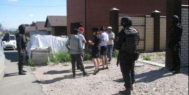 Миграционная служба проверила стройки города